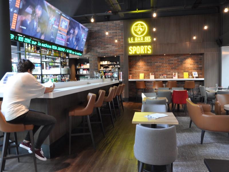 Casino Joa Montrond les Bains - Bar des sports - Studio Divo - Architecture d'intérieur